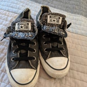 Distressed studded double tongue low-cut Converse